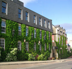 Kees Hotel Donegal